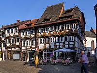 Marktplatz, Blick auf Häuser Lange Brücke 8 - 4, Einbeck, Niedersachsen, Deutschland, Europa<br /> Market place and houses Lange Brücke 8-4, Einbeck, Lower Saxony, Germany, Europe