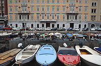 - Trieste, the Great Canal....- Trieste, il Canal Grande