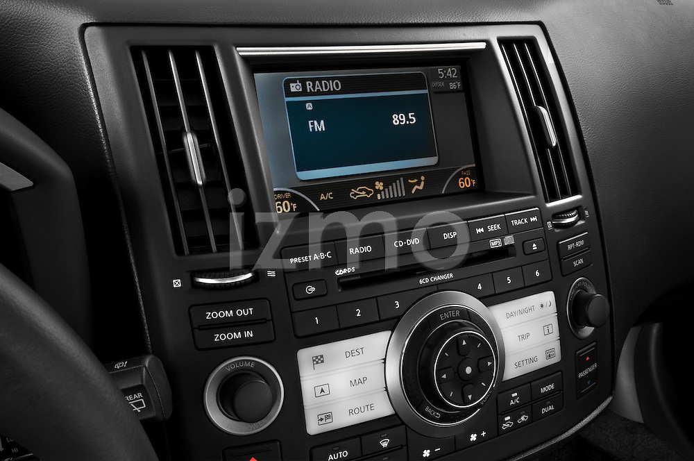 Stereo audio system detail of a 2008 Infiniti FX35 SUV