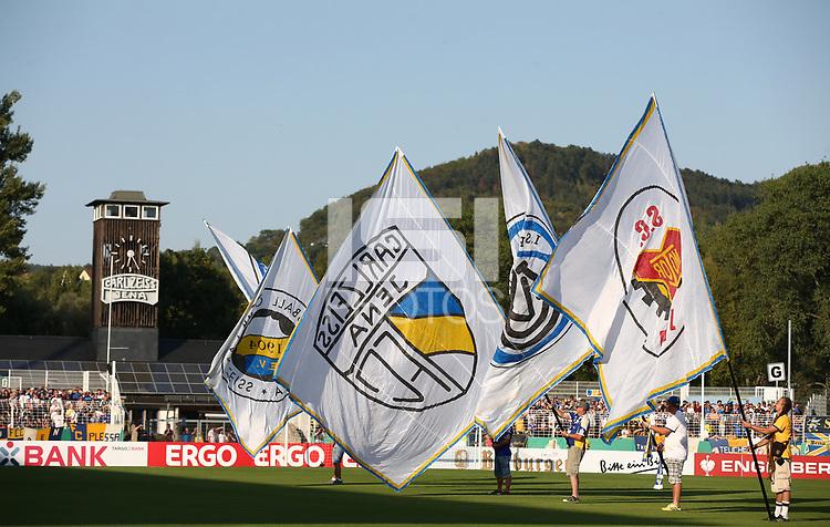 Fahnen Fahnenschwenker  Ernst Abbe stadium   <br /> / Sport / Football / DFB Pokal 1.round 3. Bundesliga 2.Bundesliga /  2018/2019 / 19.08.2018 / FC CZ Jena vs. 1.FC Union Berlin / DFL regulations prohibit any use of photographs as image sequences and/or quasi-video. /<br />       <br />    <br />  *** Local Caption *** © pixathlon<br /> Contact: +49-40-22 63 02 60 , info@pixathlon.de