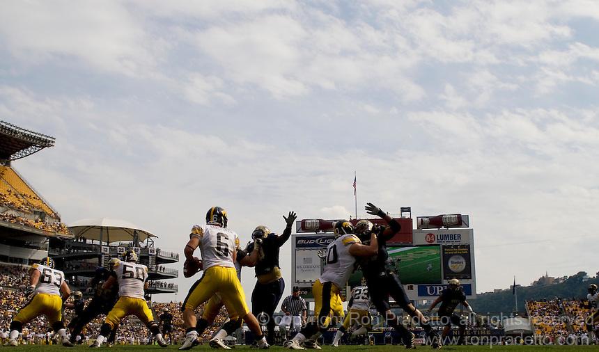Iowa Hawkeyes @ Pitt Panthers 09-20-08