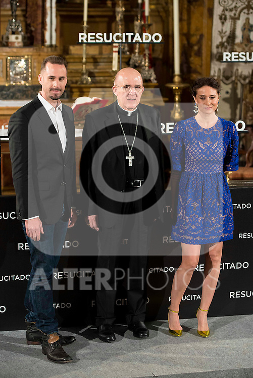 "British actor Joseph Fiennes, parish priest and Argentinian actress Maria Botto during the presentation of the film ""Resucitado"" at the church of San Antonio de los Alemanes in Madrid, March 16, 2016. (ALTERPHOTOS/BorjaB.Hojas) during the presentation of the film ""Resucitado"" at the church of San Antonio de los Alemanes in Madrid, March 16, 2016. (ALTERPHOTOS/BorjaB.Hojas)"