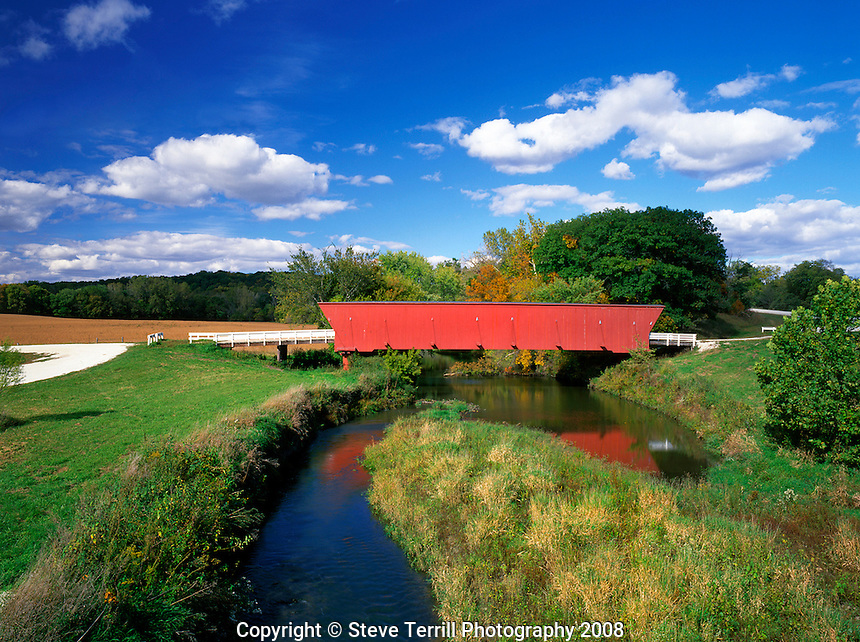 Hogback Bridge in Madison County, Iowa
