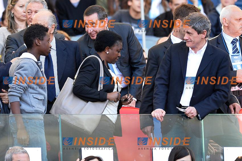 Il Ministro Cecile Kyenge con il figlio ignorano il sindaco Gianni Alemanno .Roma 26/05/2013 Stadio Olimpico.Football Calcio 2012/2013 .Calcio Finale Coppa Italia / Italy Cup Final.Roma Vs Lazio.Foto Andrea Staccioli Insidefoto