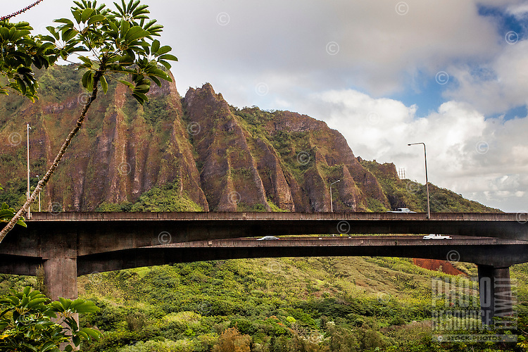 """A morning view of the Ko'olau mountain range and H-3 Freeway from the Haiku Stairs (""""Stairway to Heaven"""") hiking trail in Kaneohe, O'ahu"""