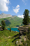 CHE, SCHWEIZ, Kanton Bern, Berner Oberland, Engstlenalp am Ende des Gentals: Wanderregion am Engstlensee   CHE, Switzerland, Bern Canton, Bernese Oberland, Engstlenalp at Gen Valley: hiking area at Lake Engstlen