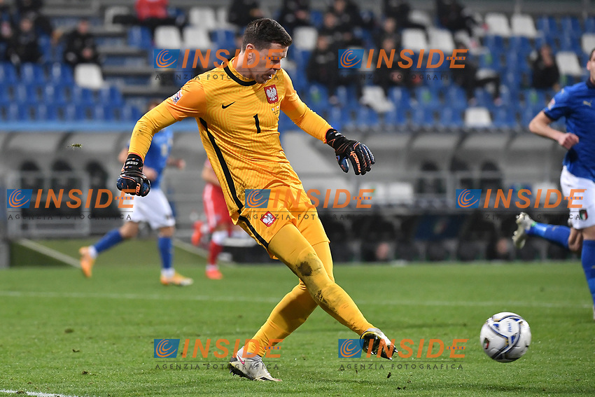Wojciech Szczesny of Poland in action during the Uefa Nation League Group Stage A1 football match between Italy and Poland at Citta del Tricolore Stadium in Reggio Emilia (Italy), November, 15, 2020. Photo Andrea Staccioli / Insidefoto
