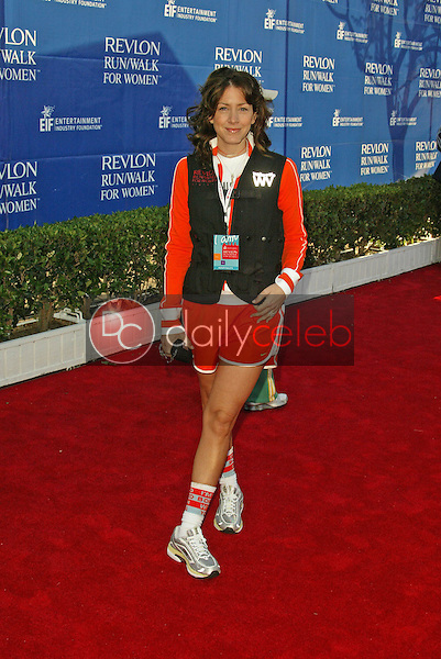 Joely Fisher<br /> at the 12th Annual Revlon Run/Walk For Women Los Angeles, Los Angeles Memorial Coliseum, Los Angeles, CA, 05-07-05<br /> Jason Kirk/DailyCeleb.com 818-249-4998