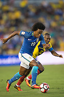 action photo during the match Brasil vs Ecuador, at Rose Bowl Stadium Copa America Centenario 2016. ---Foto  de accion durante el partido Brasil vs Ecuador, En el Estadio Rose Bowl, Partido Correspondiante al Grupo -B-  de la Copa America Centenario USA 2016, en la foto: Willian<br /> --- 04/06/2016/MEXSPORT/ Osvaldo Aguilar