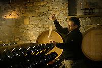 Italie, Val d'Aoste, Morgex: Ermes Pavese,  dans sa cave , producteur de vin blanc AOP, le Blanc de Morgex et de La Salle  // Italy, Aosta Valley, Morgex: Ermes Pavese, in his cellar, Producer of AOP white wine, Blanc de Morgex and La Salle