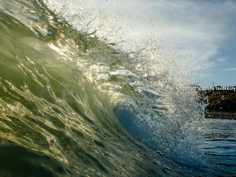 Breaking wave, gaviota coast