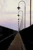 TGL - Terminal de Gás Liquefeito da CDP- Companhia Docas do Pará.<br /> Barcarena, Pará, Brasil04/2004©Foto: Paulo Santos/ Cromo 135 CDP P1 A1