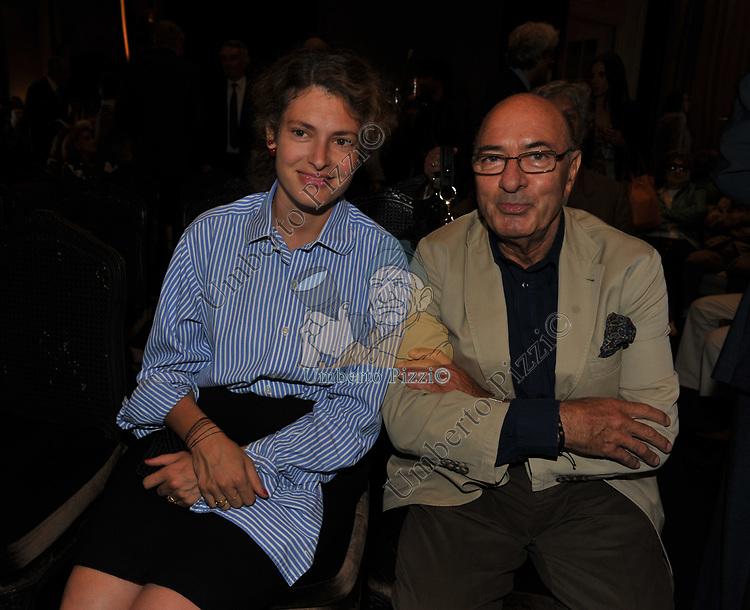 """GINEVRA ELKANN CON DANTE FERRETTI <br /> PRESENTAZIONE LIBRO """"RACCONTI"""" DI ALAIN ELKANN HOTEL MAJESTIC ROMA 2014"""