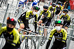 Mitchelton-Scott arrive at sign on before the start of Stage 15 of the Vuelta Espana 2020, running 230.8km from Mos to Puebla de Sanabria, Spain. 5th November 2020. <br /> Picture: Unipublic/Charly Lopez | Cyclefile<br /> <br /> All photos usage must carry mandatory copyright credit (© Cyclefile | Unipublic/Charly Lopez)