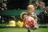 Interlitho, CHILDREN, photos, girl, bank, doll(KL1755/3,#K#) Kinder, niños