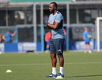 assistant coach Floribert Ngalula Mbuyi of Anderlecht pictured during the warm up before a friendly soccer game between K Londerzeel SK and RSC Anderlecht Reserves during the preparations for the 2021-2022 season , on Wednesday 21st of July 2021 in Londerzeel , Belgium . PHOTO SEVIL OKTEM   SPORTPIX