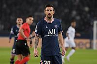 28th September 2021, Parc des Princes, Paris, France: Champions league football, Paris-Saint-Germain versus Manchester City:  Attitude from Lionel Messi ( 30 - PSG ) -