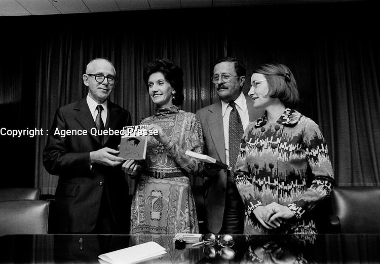ARCHIVE -<br /> MON AMI BRADET,<br /> grosse tête, gros coeur<br /> Boucher St-Pierre, Denyse, <br /> 8 Novembre 1973<br /> <br /> Photo : Agence Quebec Presse  - Alain Renaud
