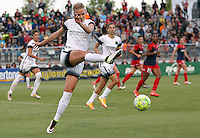 Boyds, MD - Saturday May 07, 2016: Portland Thorns FC midfielder Dagny Brynjarsdottir (11) boots the ball clear during a regular season National Women's Soccer League (NWSL) match at Maureen Hendricks Field, Maryland SoccerPlex. Washington Spirit tied the Portland Thorns 0-0.