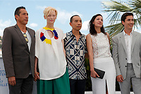 """CANNES, FRANCE - JULY 16: Elkin Diaz, Tilda Swinton, Director Apichatpong Weerasethakul, Jeanne Balibar and Juan Pablo Urrego at photocall for the film """"Memoria"""" at the 74th annual Cannes Film Festival in Cannes, France on July 16, 2021  <br /> CAP/GOL<br /> ©GOL/Capital Pictures"""