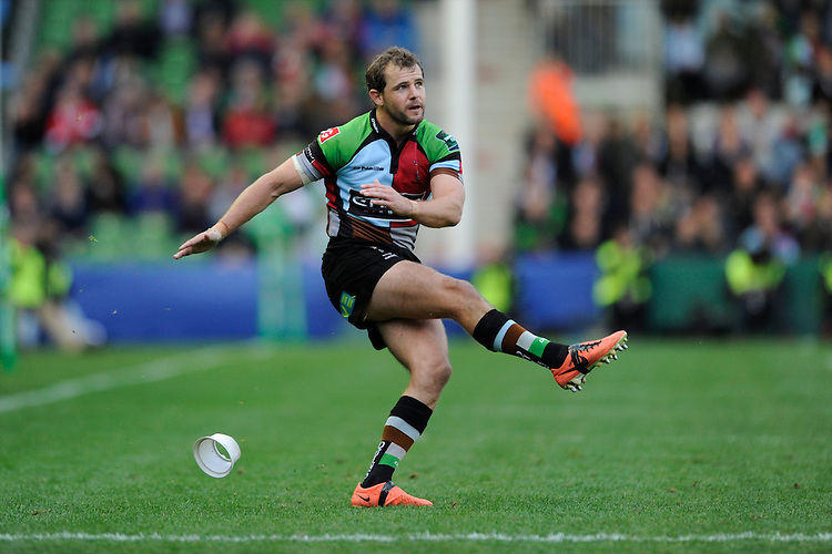 Nick Evans of Harlequins takes a conversion kick during the Heineken Cup Round 1 match between Harlequins and Scarlets at the Twickenham Stoop on Saturday 12th October 2013 (Photo by Rob Munro)