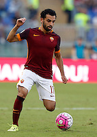 Calcio, Serie A: Roma vs Juventus. Roma, stadio Olimpico, 30 agosto 2015.<br /> Roma's Mohamed Salah in action during the Italian Serie A football match between Roma and Juventus at Rome's Olympic stadium, 30 August 2015.<br /> UPDATE IMAGES PRESS/Riccardo De Luca