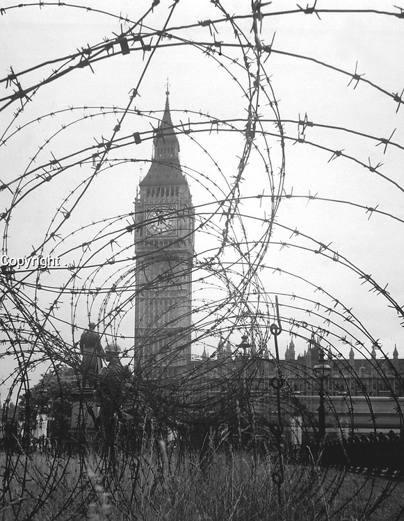Big Ben and the Houses of Parliament, London. New Times Paris Bureau Collection. (USIA)