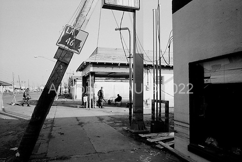 New Orleans, Louisiana.USA.September 28, 2005 ..Hurricane Katrina damage and recovery. The National Guard at a check point between the lower ninth ward and St. Bernard's Parish a division of predominantly black and white neighborhoods.