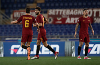 Calcio, Serie A: AS Roma - Benevento, Roma, stadio Olimpico, 11 gennaio 2018.<br /> Roma's Federico Fazio (c) celebrates with his teammates after scoring during the Italian Serie A football match between AS Roma and Benevento at Rome's Olympic stadium, February 11, 2018.<br /> UPDATE IMAGES PRESS/Isabella Bonotto
