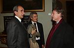 """GIORGIO VAN STRATEN CON ALAN ELKANN E PETER GLIDEWELL<br /> PRESENTAZIONE LIBRO """"L'INVIDIA"""" DI ALAN ELKANN IN CAMPIDOGLIO - ROMA 2006"""