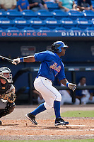 April 25 2010:Raul Reyes (17) of the St. Lucie Mets during a game vs. the Bradenton Marauders at Digital Domain Park in Port St. Lucie, Florida. St. Lucie, the Florida State League High-A affiliate of the New York Mets, won the game against Bradenton, affiliate of the Pittsburgh Pirates, by the score of 5-4  Photo By Scott Jontes/Four Seam Images