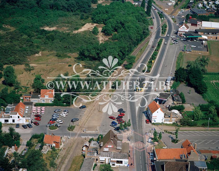 Juli 1995. De Panne aan de voormalige grens tussen Belgie en Frankrijk.