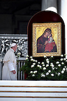 Pope Francis during the hearing catechism with nuns of the Missionary of Charity, the Religious family founded by Mother Teresa. in St Peter's square at the Vatican on September 3, 2016