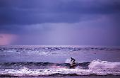 Surfeur à Huahiné