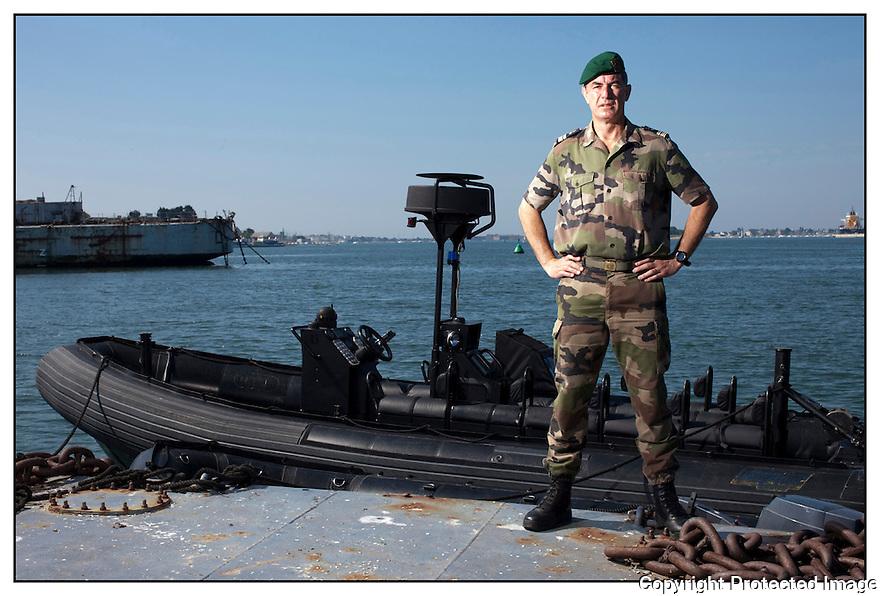 Lorient<br /> CAPITAINE DE FRÉGATE LUC GANDER,<br /> Commandant de la base des fusiliers marins et commandos (BFMC)