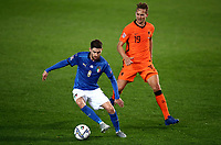 Italy's Jorginho, left, is challenged by Netherlands' Luuk de Jong during the UEFA Nations League football match between Italy and Netherlands at Bergamo's Atleti Azzurri d'Italia stadium, October 14, 2020.<br /> UPDATE IMAGES PRESS/Isabella Bonotto