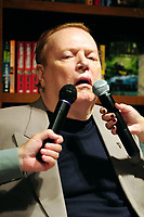 **File Photo** Larry Flynt Has Passed Away.<br /> <br /> CORAL GABLES, FL - JUNE 03: 'Hustler' publisher and author Larry Flynt at a signing for his new book  'One Nation Under Sex: How the Private Lives of Presidents, First Ladies and Their Lovers Changed the Course of American History' at Books and Books on June 03, 2011 in Coral Gables, Florida. <br /> CAP/MPI10<br /> ©MPI10/Capital Pictures