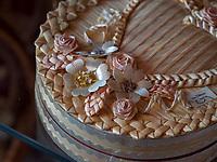kroatische Minderheit, Volkskunst Stroh-Dekoration in Sombor, Vojvojina, Serbien, Europa<br /> Croatian Minority, Folk Art straw decoration, Sombor,, Vojvodina, Serbia, Europe