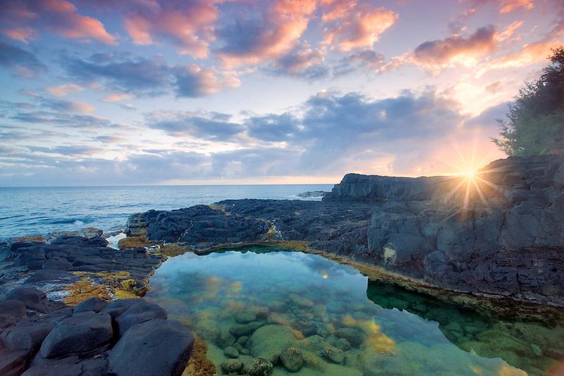 Oueen's Bath with sunrise. Kauai, Hawaii.