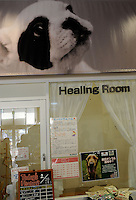 """A """"healing room""""  for dogs at an up market vet in Tokyo. <br /> 20-Jan-2011"""