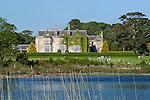 Ireland, County Kerry, near Killarney, Killarney National Park, Muckross House, 19th century Neo-Elizabethan stately home | Irland, County Kerry, bei Killarney, Killarney National Park, Muckross House