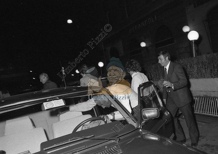 GIANNI AGNELLI CON ROSANNA PODESTA' <br /> PASSETTO ROMA 1978