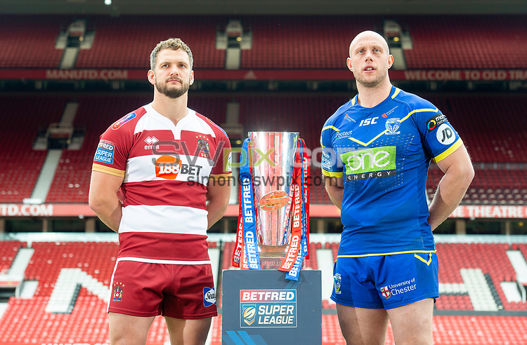Picture by Allan McKenzie/SWpix.com - 08/10/2018 - Rugby League - Betfred Super League Grand Final Preview - Old Trafford, Manchester, England - Wigan & Warrington captains' respectively Sean O'Loughlin & Chris Hill with the Betfred Super League Trophy.