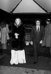 BARBARA BOUCHET CON LUIGI BORGHESE<br /> SERATA JACKIE O' ROMA 1977