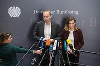 1. Sitzung des Unterausschusses des Verteidigungsausschusses des Deutschen Bundestag als 1. Untersuchungsausschuss am Donnerstag den 14. Februar 2019.<br /> In dem Untersuchungsausschuss zur Berateraffaere soll auf Antrag der Fraktionen von FDP, Linkspartei und Buendnis 90/Die Gruenen der Umgang mit externer Beratung und Unterstuetzung im Geschaeftsbereich des Bundesministeriums fuer Verteidigung aufgeklaert werden. Anlass der Untersuchung sind Berichte des Bundesrechnungshofs ueber Rechts- und Regelverstoesse im Zusammenhang mit der Nutzung derartiger Leistungen.<br /> Einziger Tagesordnungspunkt war die Konstituierung des Unterausschusses als Untersuchungsausschuss.<br /> Im Bild: Dennis Rohde und Siemtje Moeller, von der SPD-Fraktion.<br /> 14.2.2019, Berlin<br /> Copyright: Christian-Ditsch.de<br /> [Inhaltsveraendernde Manipulation des Fotos nur nach ausdruecklicher Genehmigung des Fotografen. Vereinbarungen ueber Abtretung von Persoenlichkeitsrechten/Model Release der abgebildeten Person/Personen liegen nicht vor. NO MODEL RELEASE! Nur fuer Redaktionelle Zwecke. Don't publish without copyright Christian-Ditsch.de, Veroeffentlichung nur mit Fotografennennung, sowie gegen Honorar, MwSt. und Beleg. Konto: I N G - D i B a, IBAN DE58500105175400192269, BIC INGDDEFFXXX, Kontakt: post@christian-ditsch.de<br /> Bei der Bearbeitung der Dateiinformationen darf die Urheberkennzeichnung in den EXIF- und  IPTC-Daten nicht entfernt werden, diese sind in digitalen Medien nach §95c UrhG rechtlich geschuetzt. Der Urhebervermerk wird gemaess §13 UrhG verlangt.]