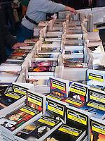 La foire du Livre de Brive, qui a lieu chaque annee, debut novembre, est la premiere foire du livre hors de Paris (en France).