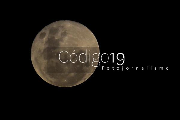 Campinas (SP), 26/05/2021 - Clima-SP - Nascer da Lua cheia de perigeu visto do Pico das Cabras em Campinas, interior de São Paulo, nesta quarta-feira (26). Neste dia o nosso único Satélite Natural se encontrará no ponto mais próximo da Terra em sua orbita.