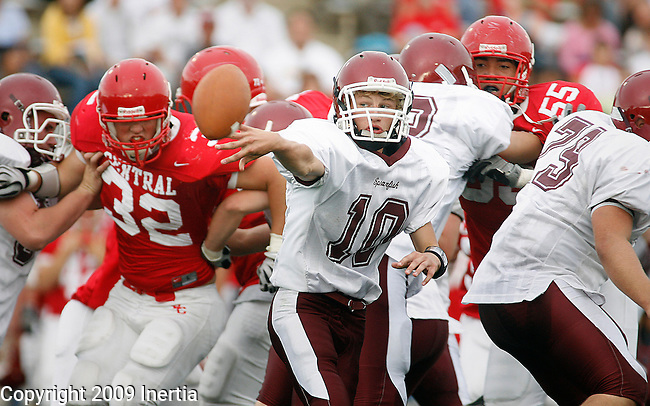 RAPID CITY, SD - SEPTEMBER 5, 2009 --   Spearfish quarterback Monte Meyerink #10 pitches the ball against Rapid City Central during their game at the 2009 Rushmore Bowl at O'Harra Stadium in Rapid City Saturday. (Photo by Dick Carlson/Inertia)