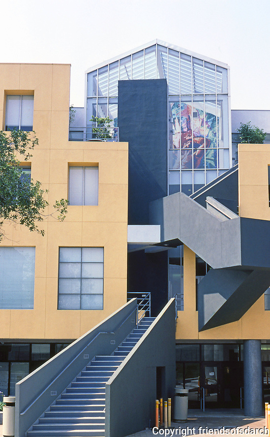Frank Gehry: Loyola U. Law School--Main Building, 1441 W. Olympic, 1981-84. Photo '86.