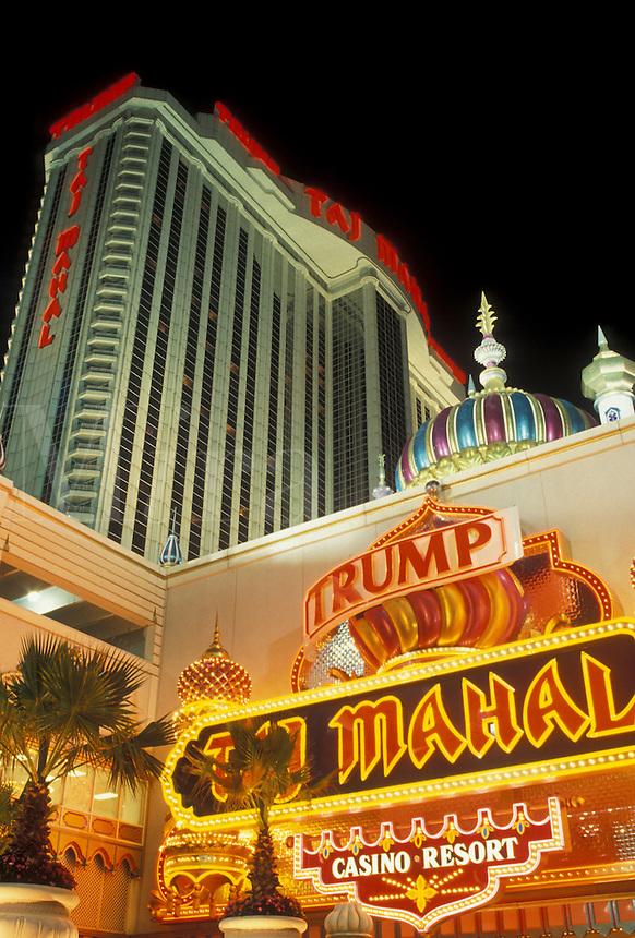 AJ4339, casino, Atlantic City, Taj Mahal, New Jersey, The Taj Mahal Casino Resort illuminated at night in Atlantic City in the state of New Jersey.